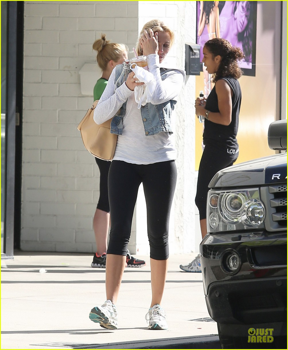 cameron diaz refreshing gym workout 152845779