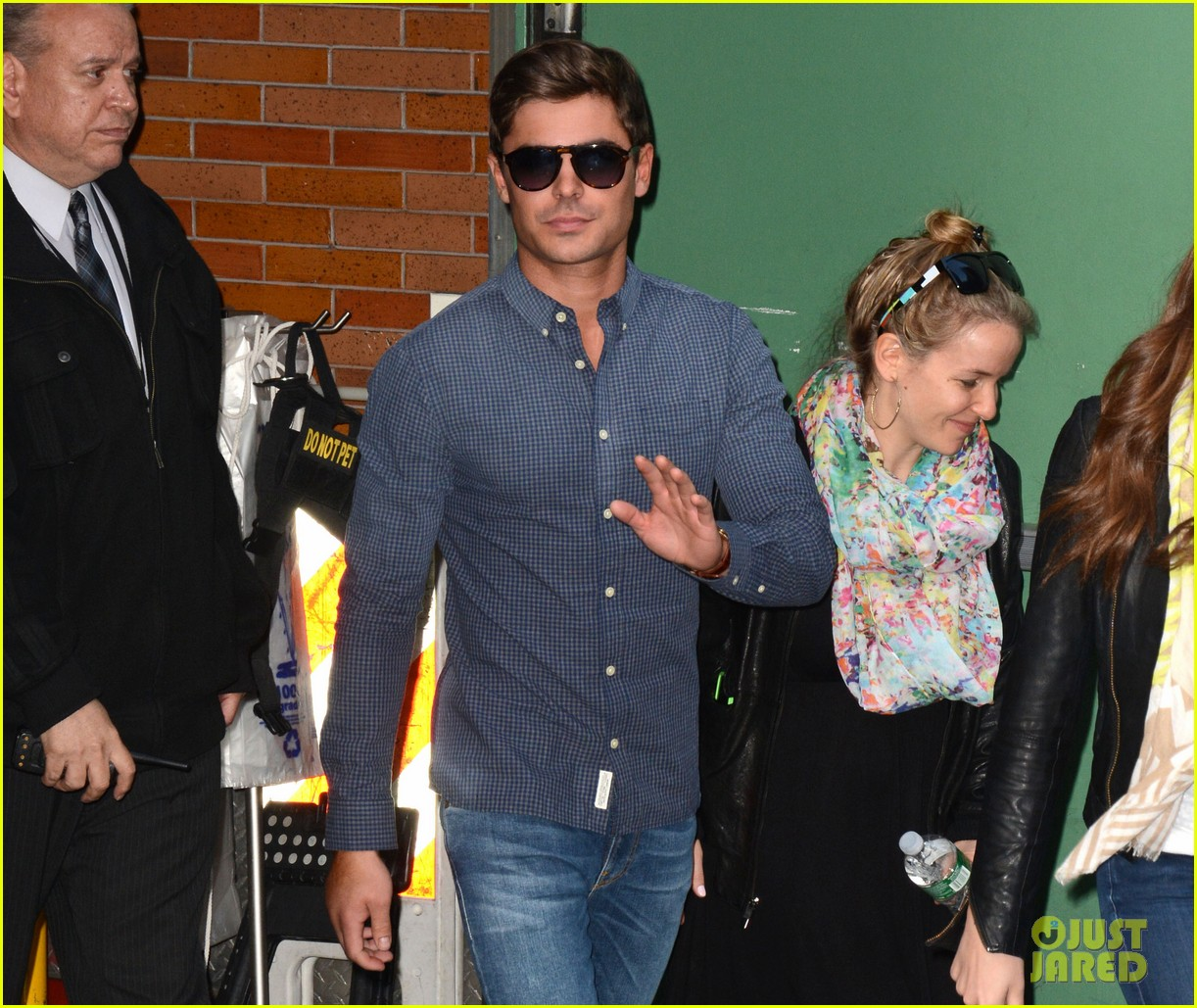 zac efron good morning america appearance 012852611