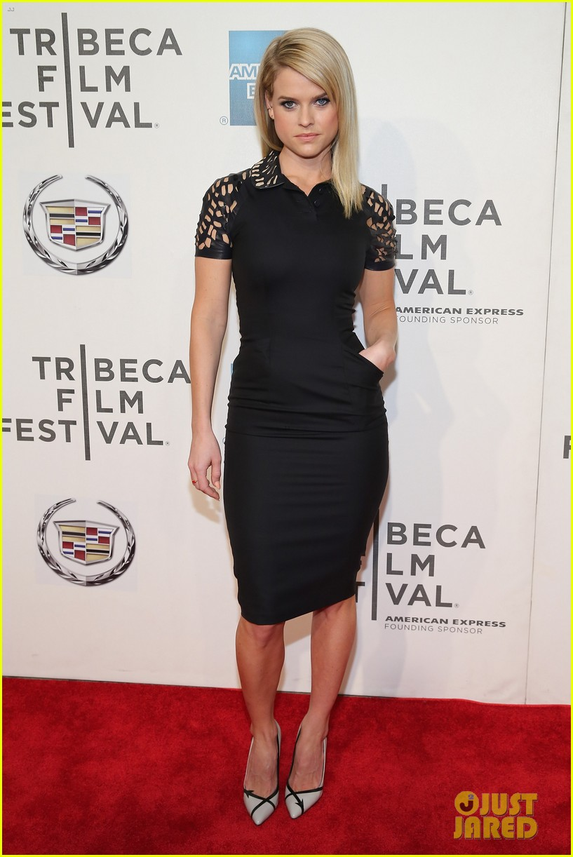 alice eve some velvet morning tribeca premiere 01