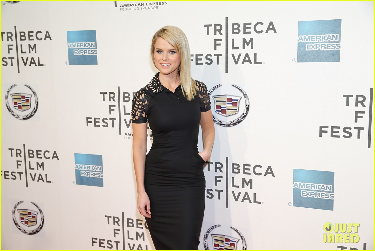 alice eve some velvet morning tribeca premiere 08
