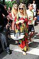 fergie pregnant brazilian beach stroll 13