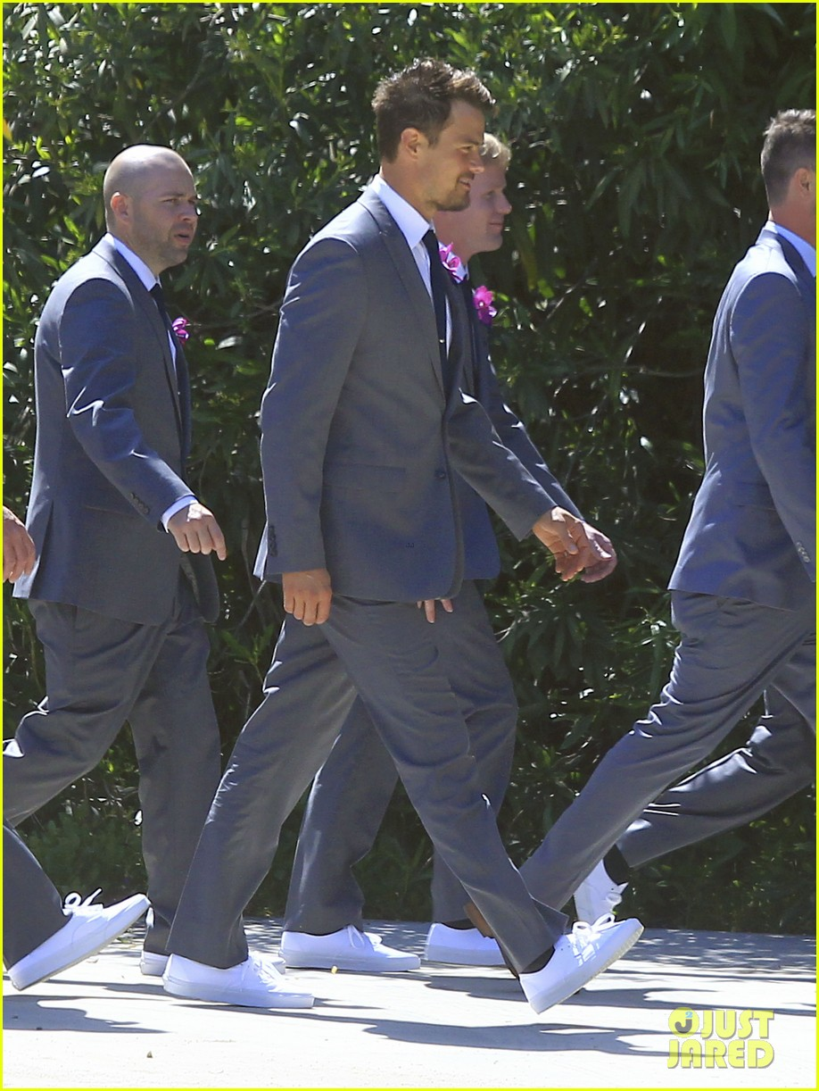 pregnant fergie sisters wedding with josh duhamel 08