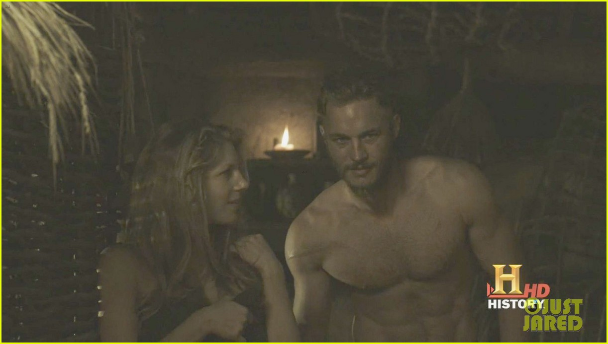 travis fimmel shirtless viking stills 06