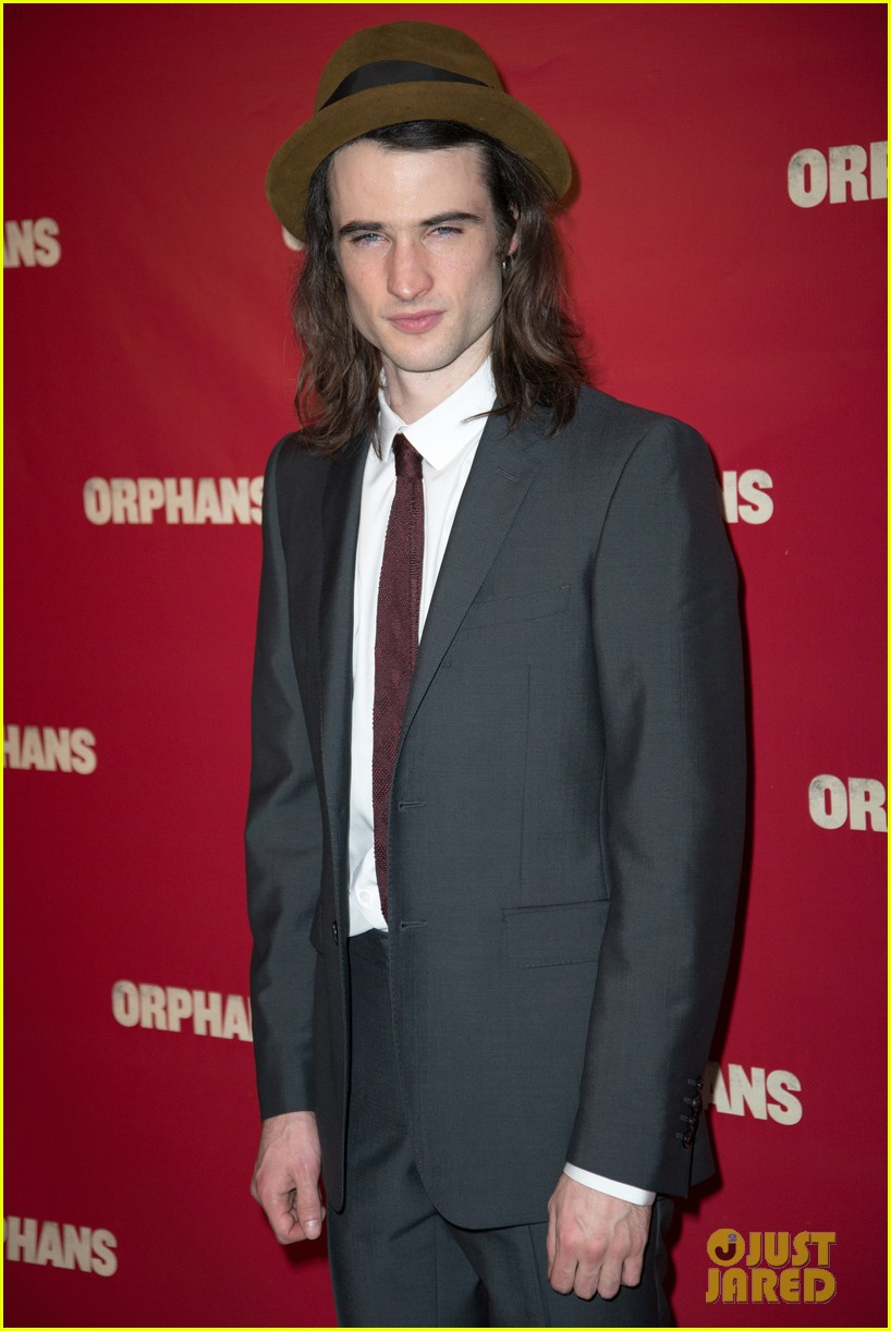 ben foster tom sturridge orphans broadway opening 16