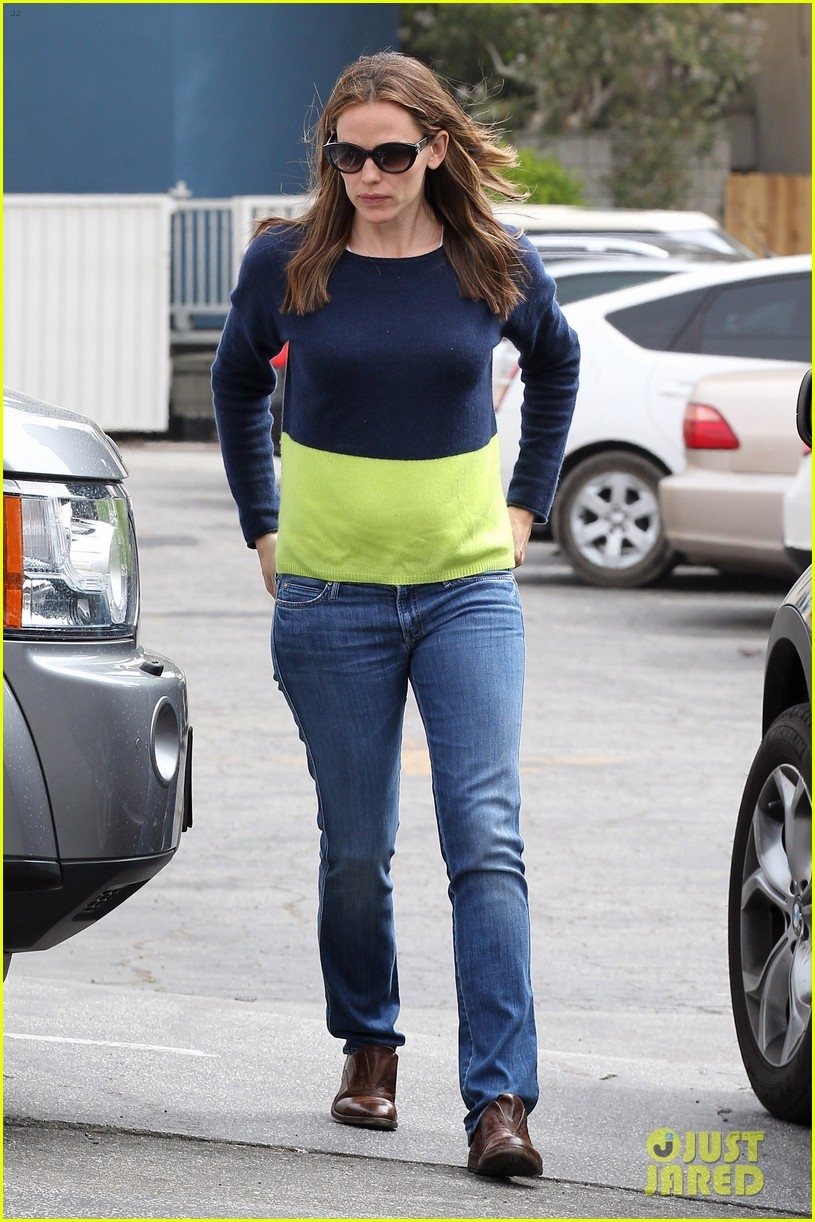 jennifer garner ben affleck weekend shopping with the girls 01