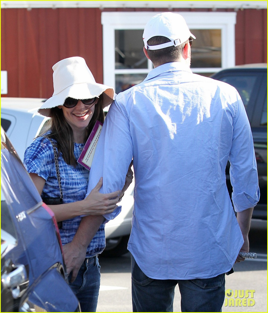jennifer garner ben affleck weekend shopping with the girls 22