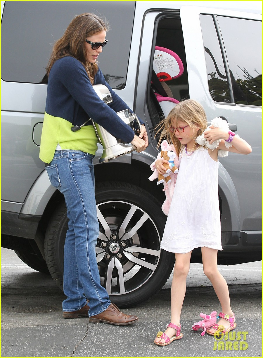 jennifer garner ben affleck weekend shopping with the girls 36