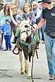 jennifer garner farmers market trip violet seraphina 12