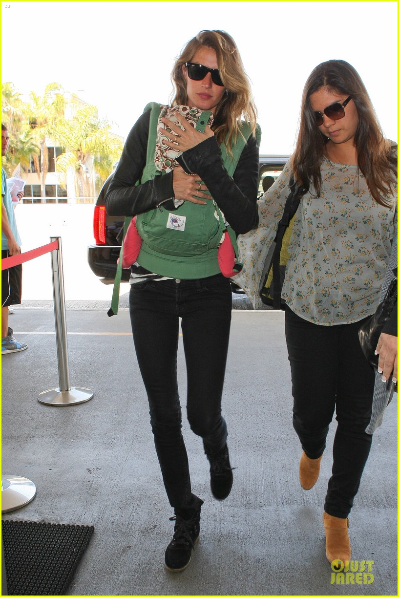gisele bundchen vivian lax departure after earth day 03