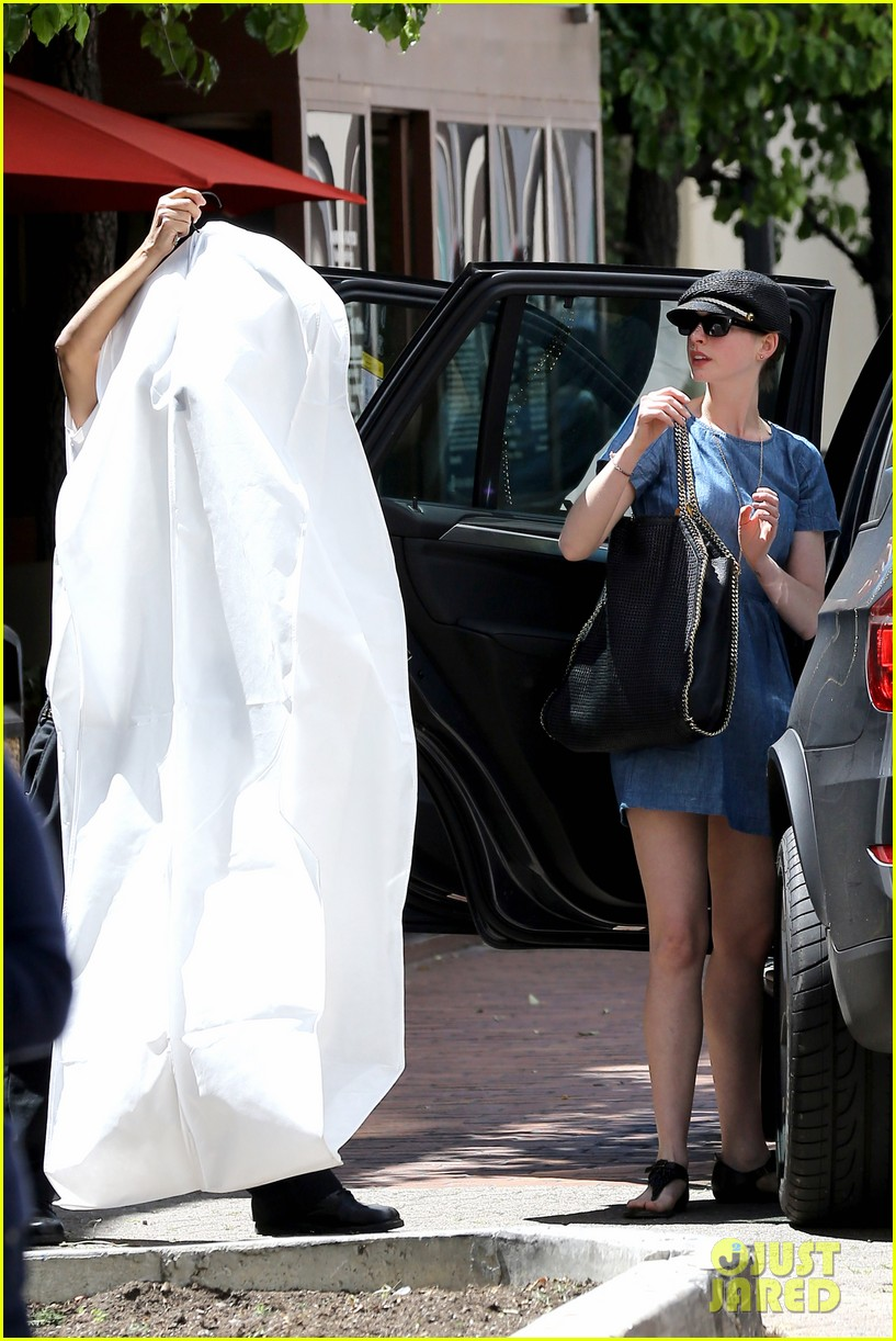 anne hathaway dry cleaning pick up 20