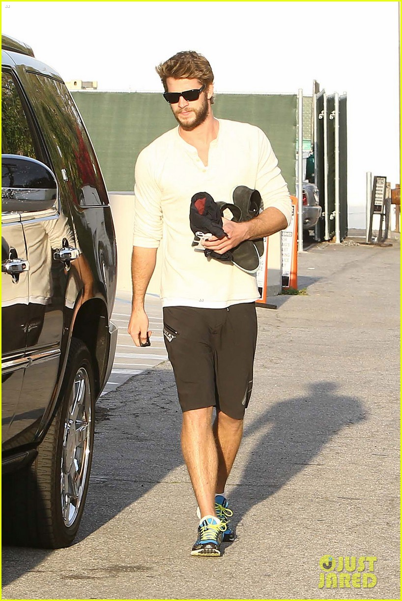 liam hemsworth steps out after the raven casting news 06