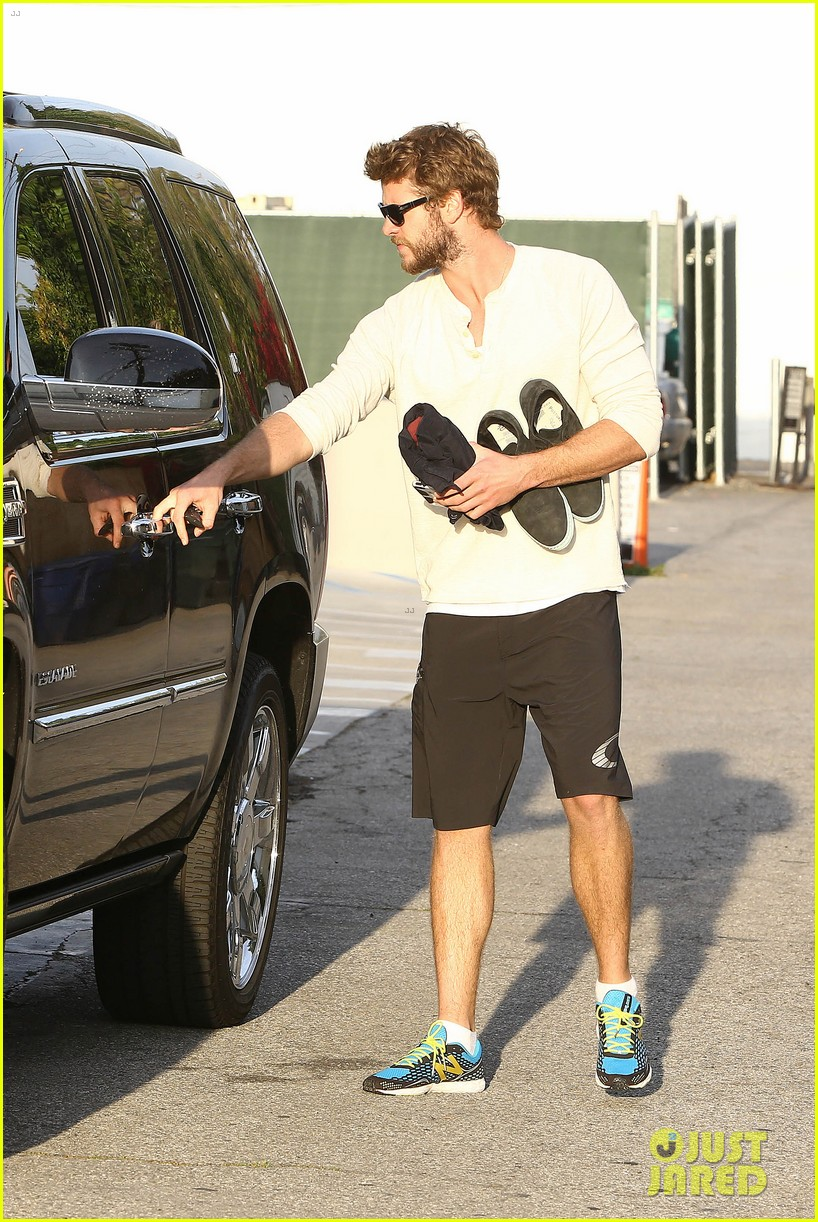 liam hemsworth steps out after the raven casting news 102843005