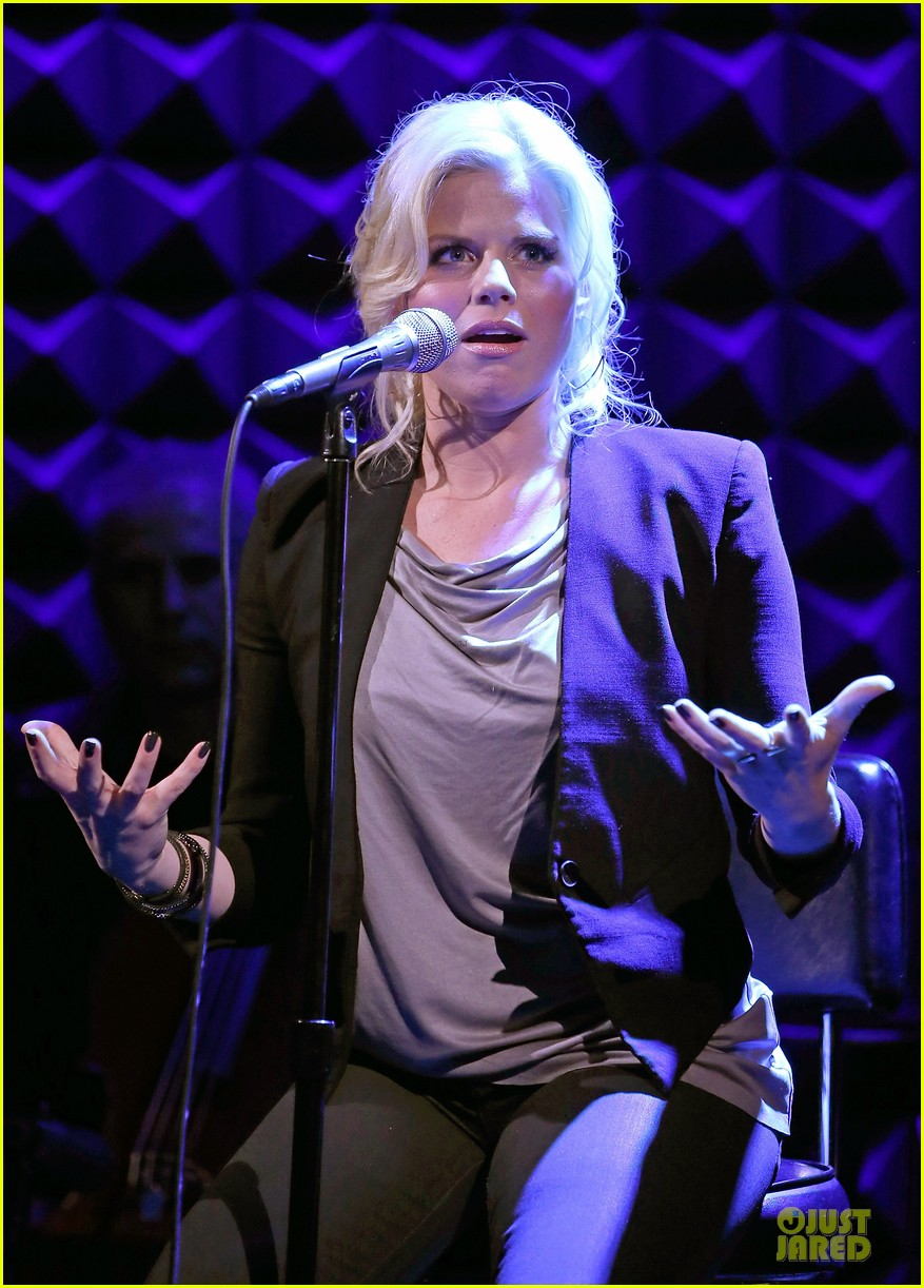 megan hilty joes pub showcase 24
