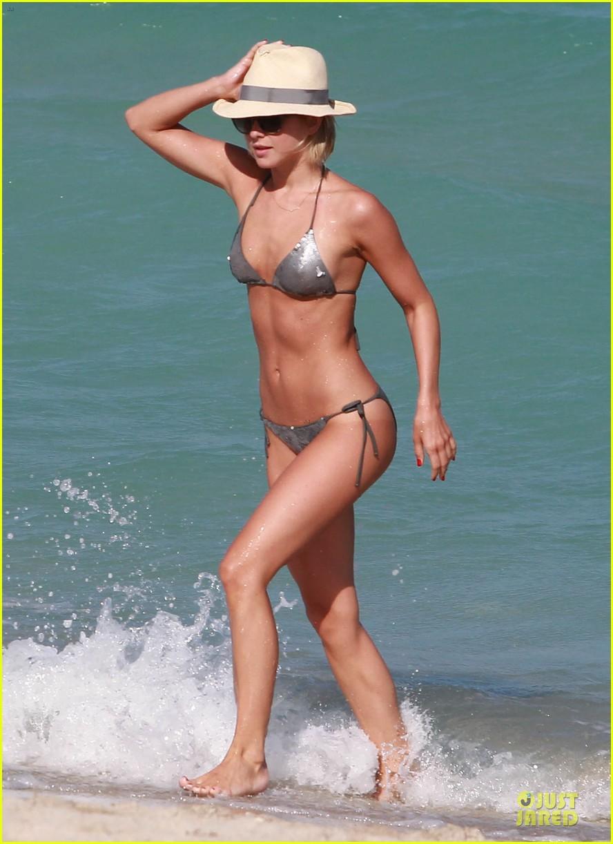 julianne hough nina dobrev bikini miami babes 01