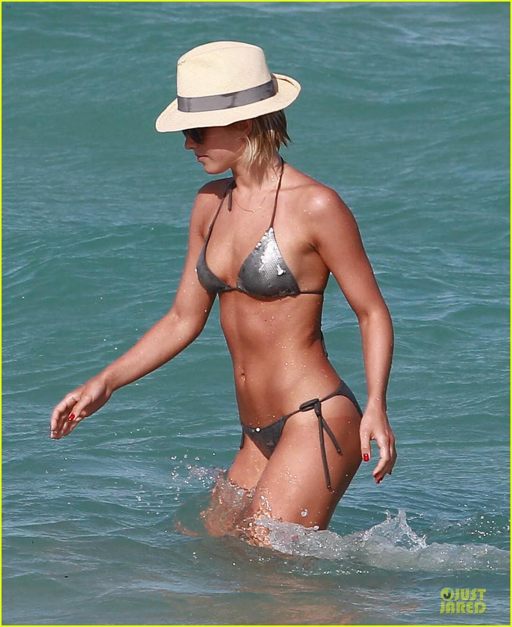 julianne hough nina dobrev bikini miami babes 11