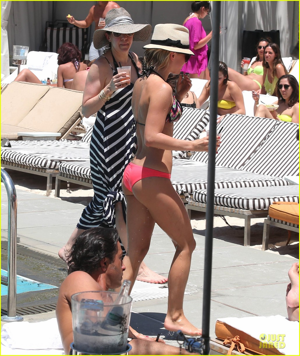 julianne hough nina dobrev bikini miami babes 37