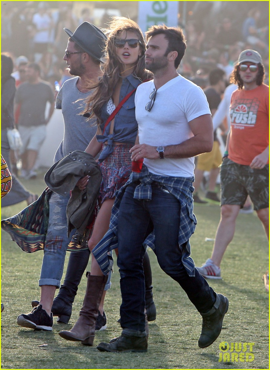 julianne hough jared leto coachella day 3 roundup 022850566