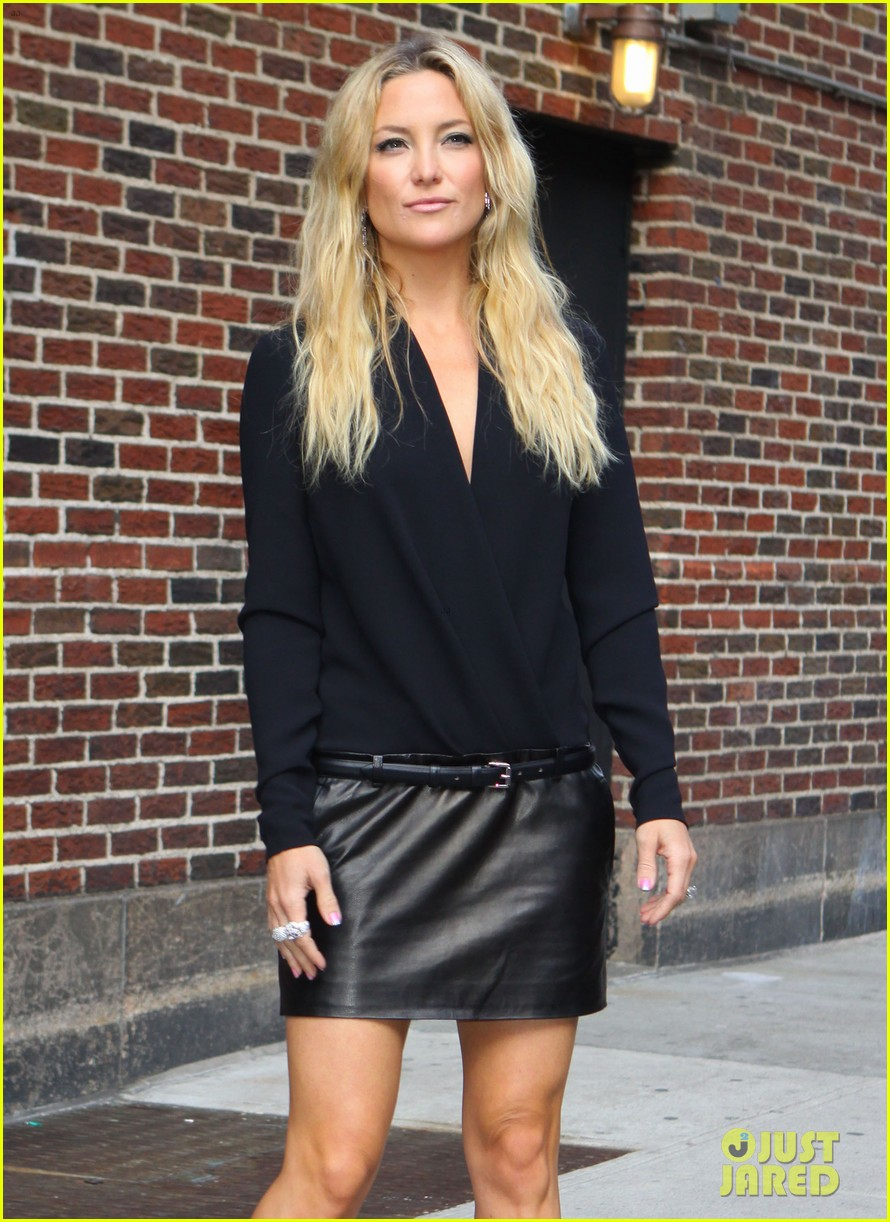 kate hudson late show with david letterman 102857415