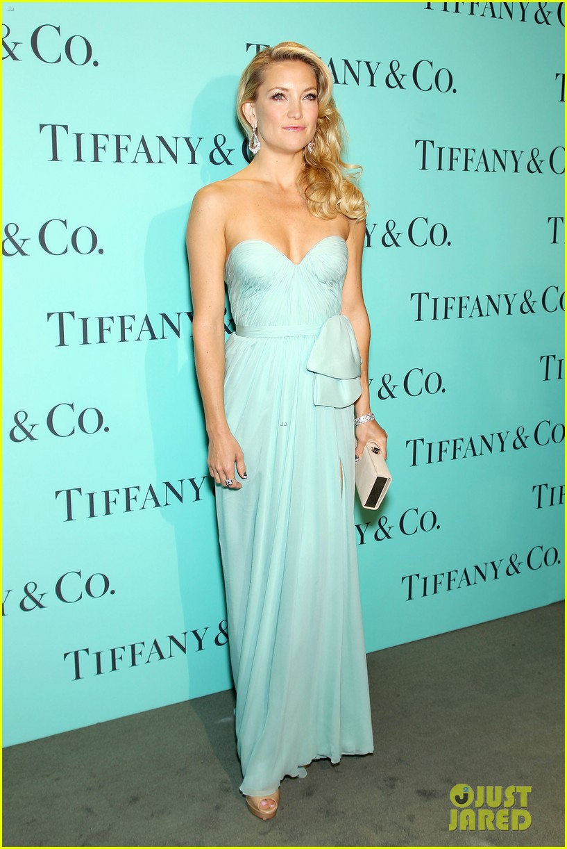kate hudson carey mulligan tiffany blue book gala 152853100