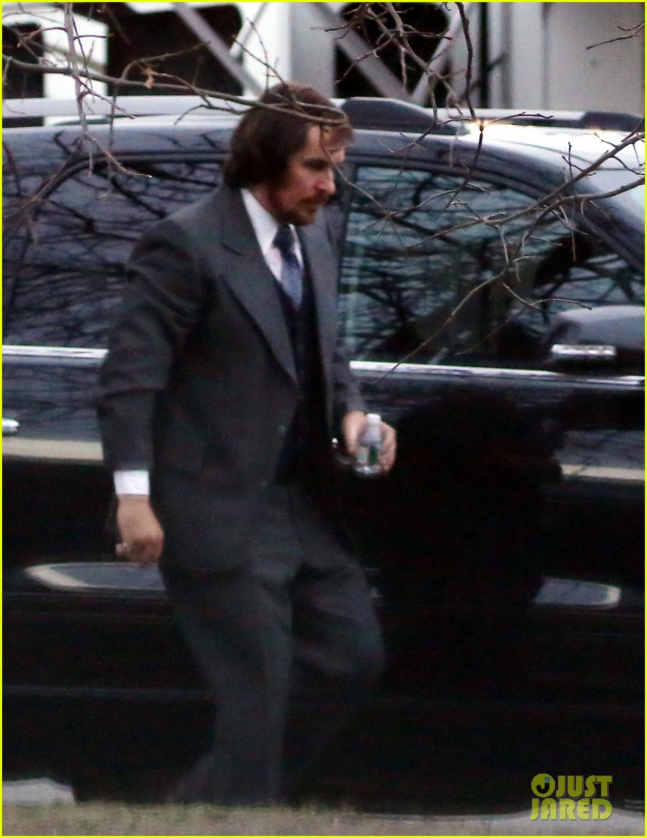 christian bale boston manhunt halts american hustle production 03