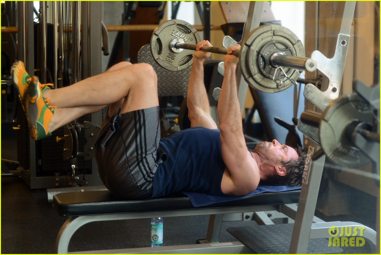 hugh jackman bulging bicep workout 082847029