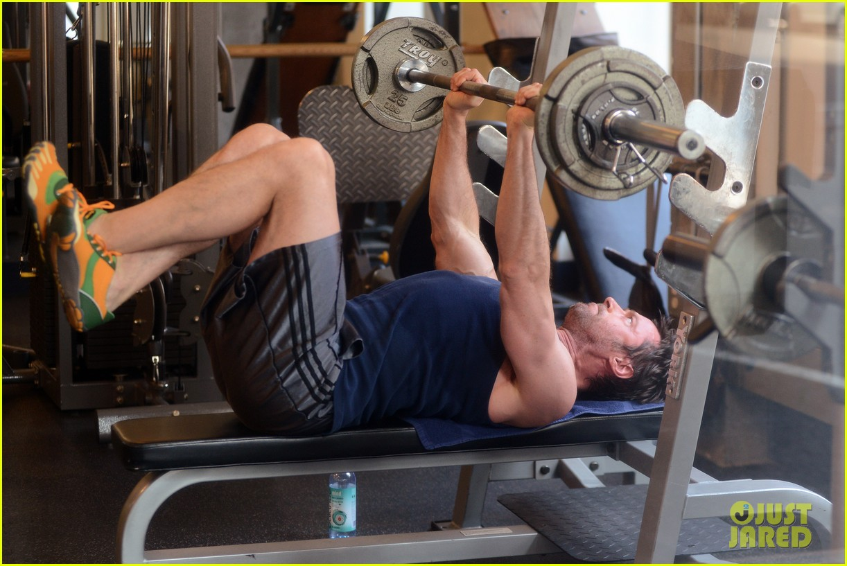 hugh jackman bulging bicep workout 10