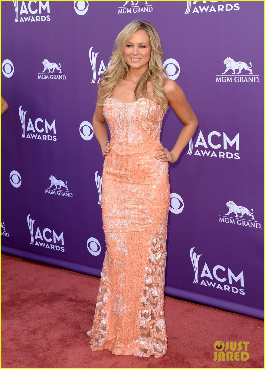 jewel acm awards 2013 red carpet 072845083