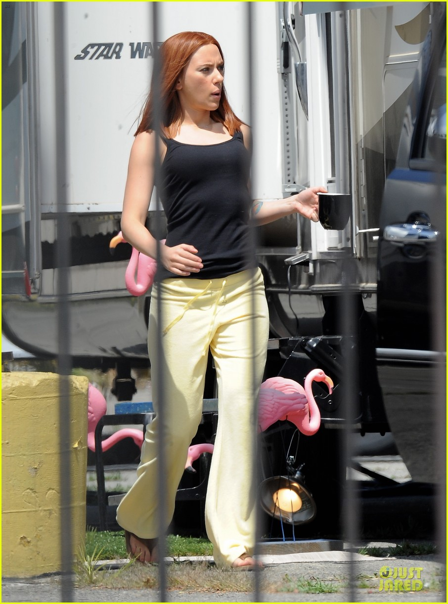 scarlett johannson red hair on captain america the winter soldier set 16