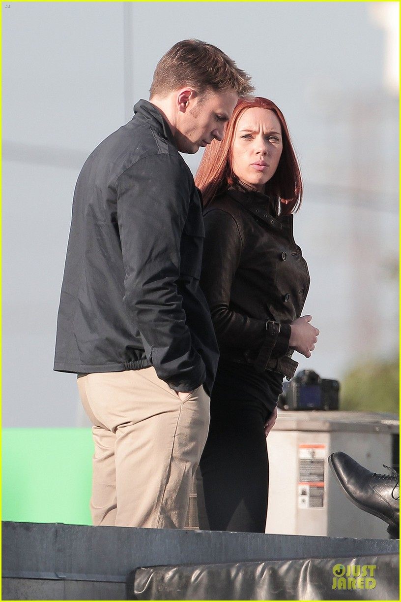 scarlett johansson chris evans captain america the winter soldier confrontations 062861144