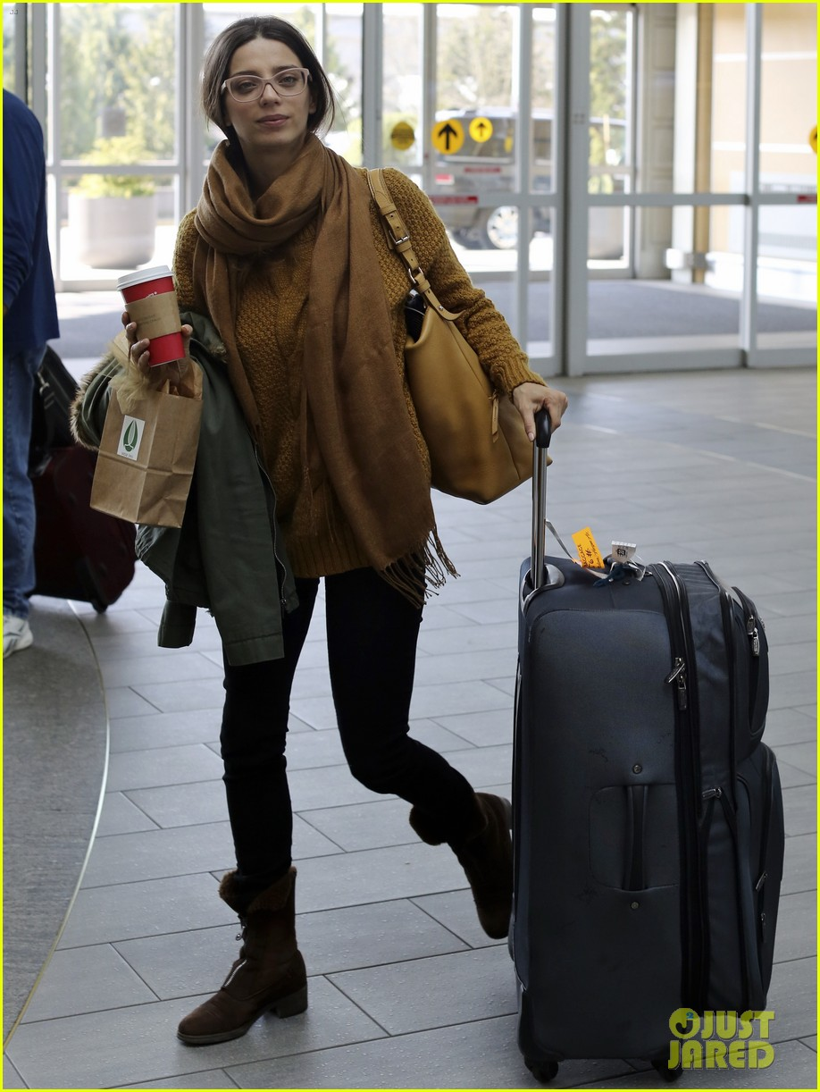 john stamos back to la with angela sarafyan 09