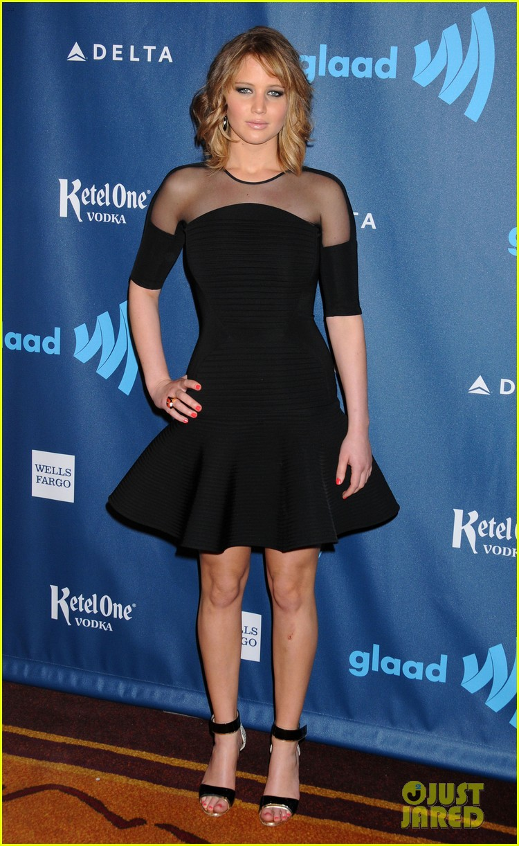 jennifer lawrence new short hair at glaad media awards 2013 01