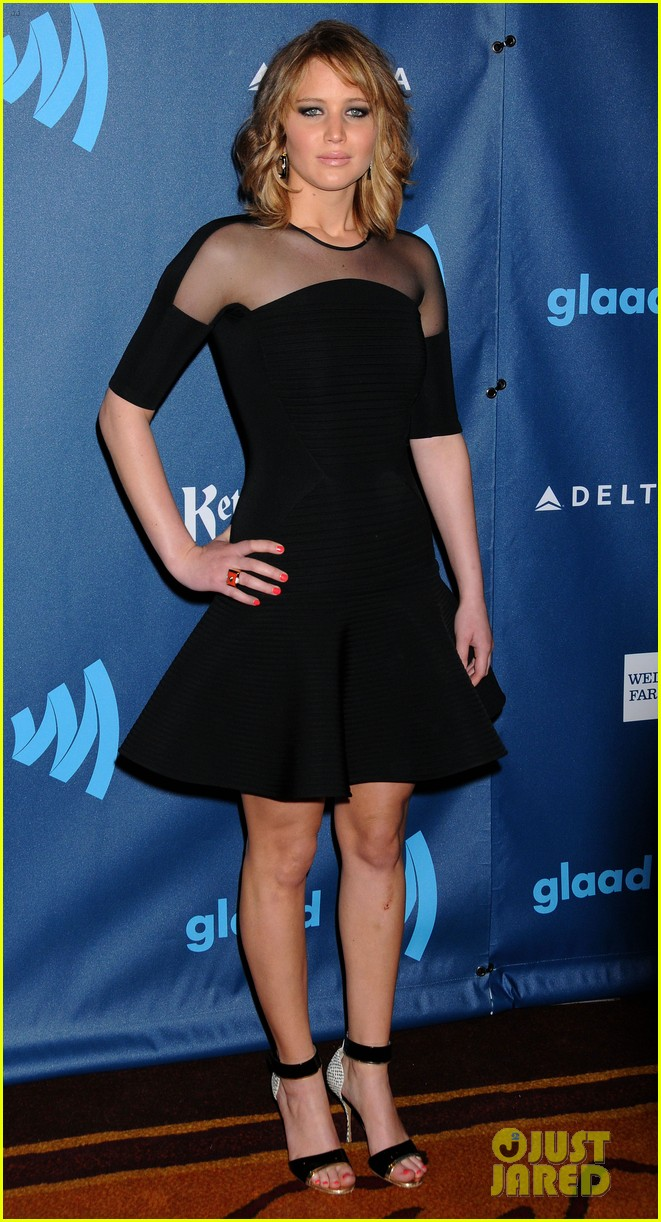 jennifer lawrence new short hair at glaad media awards 2013 162854457