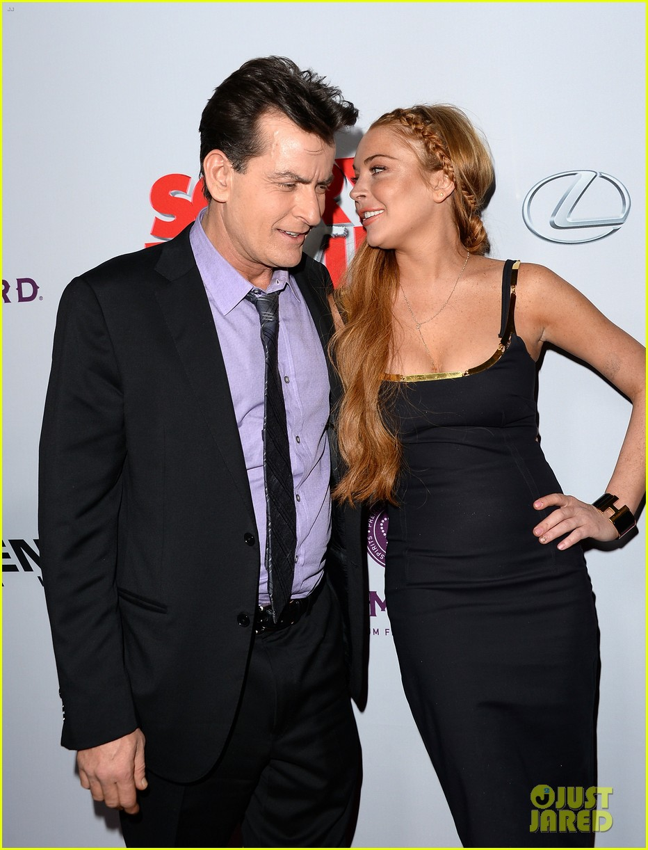 lindsay lohan scary movie 5 premiere with charlie sheen 192848043