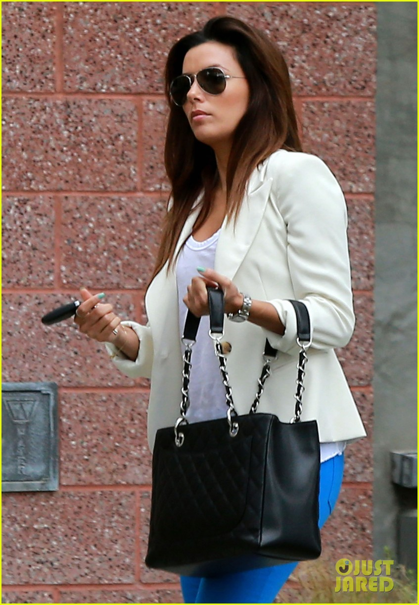 eva longoria errands before food chains fundraiser 16