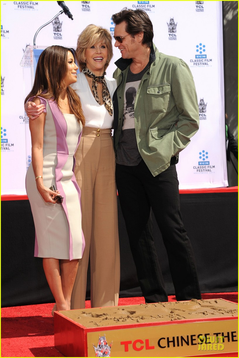 eva longoria jane fonda hollywood hand footprint ceremony 13
