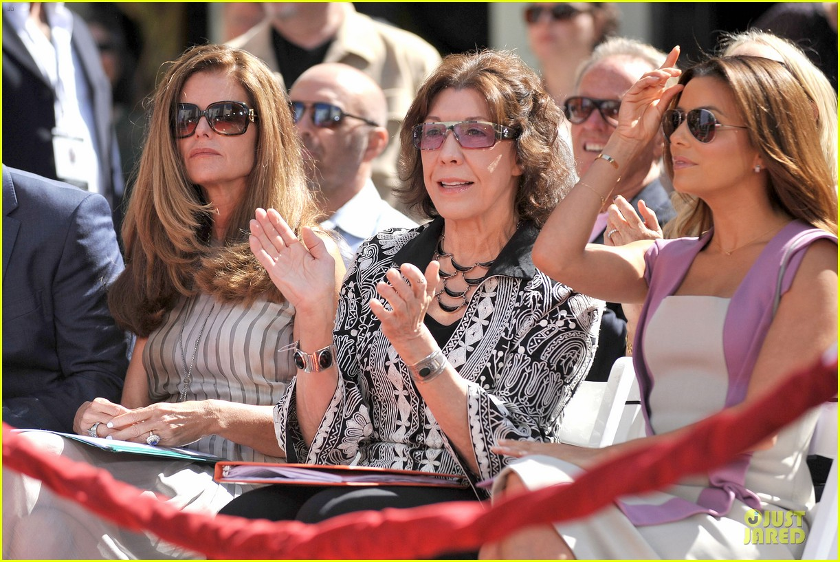 eva longoria jane fonda hollywood hand footprint ceremony 192859448