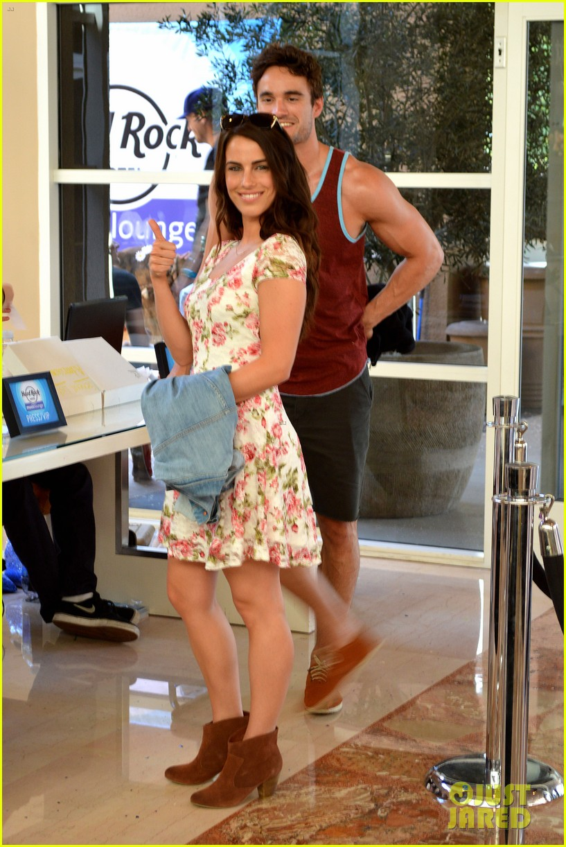 Jessica Lowndes couple