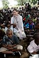 madonna malawai school visit with the kids 05