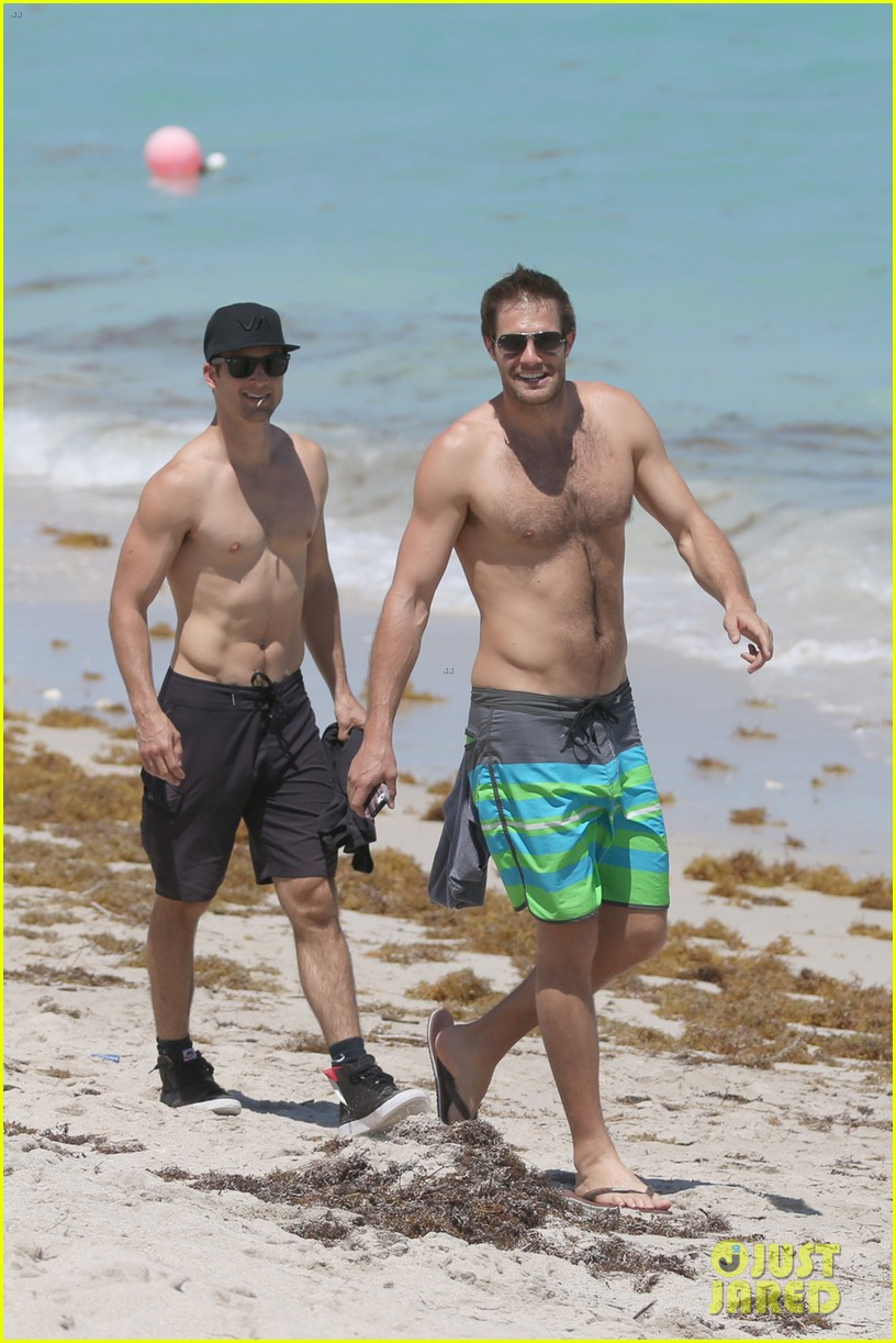 james marsden geoff stults nautica triahtlon in miami 01