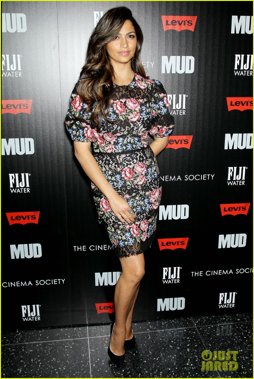 matthew mcconaughey mud screening with camila alves 15
