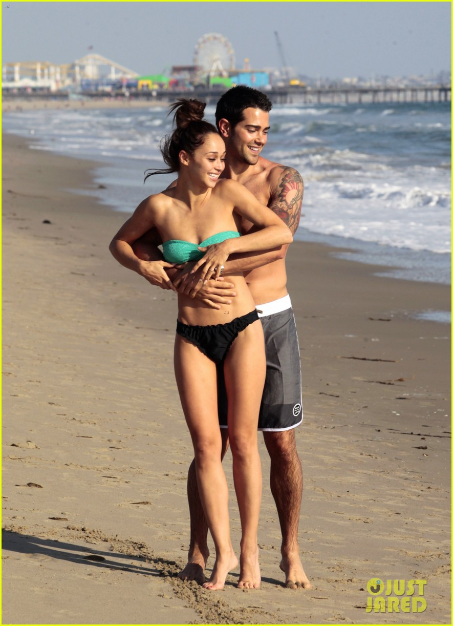 jesse metcalfe shirtless six pack beach stud 06