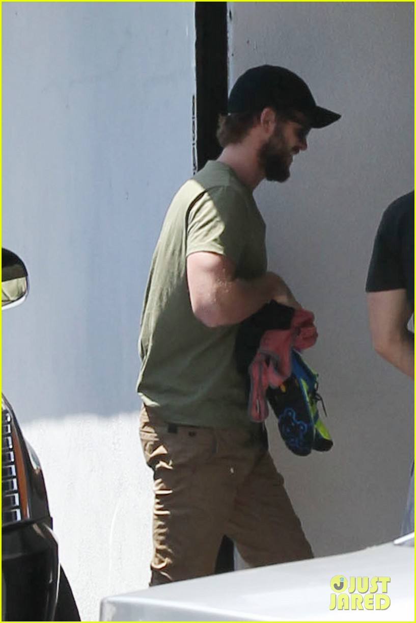 miley cyrus liam hemsworth separate cali outings 02