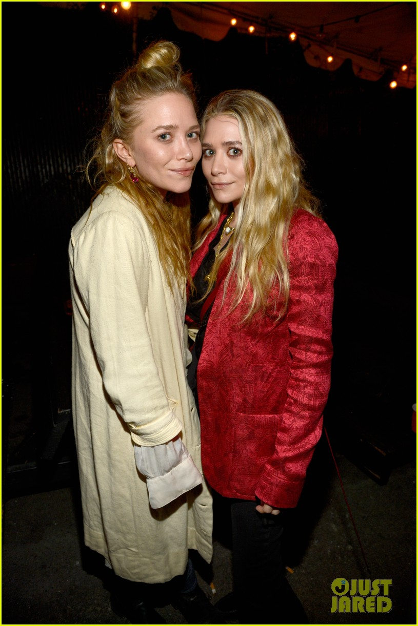 mary kate ashley olsen rolling stones concert 022859973