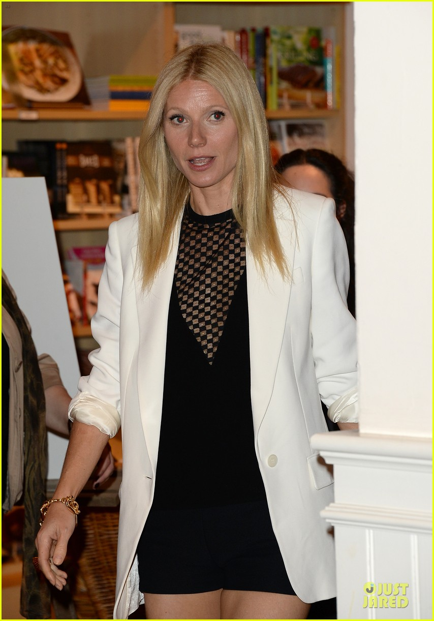 gwyneth paltrow my family came to book signing for the grove 21