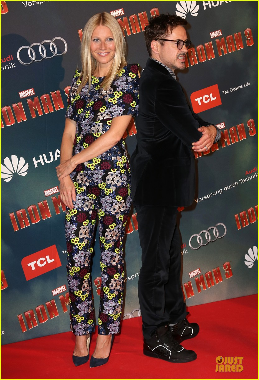 gwyneth paltrow robert downey jr iron man 3 paris premiere 01