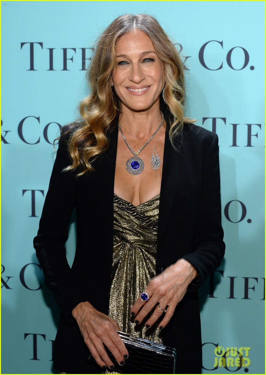 gwyneth paltrow sarah jessica parker tiffany blue book gala 04