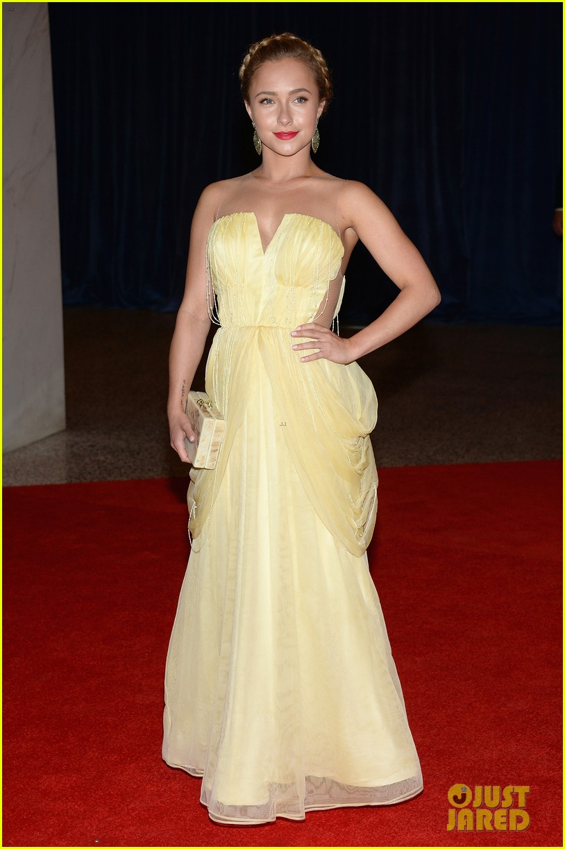 hayden panettiere white house correspondents dinner 2013 red carpet 03