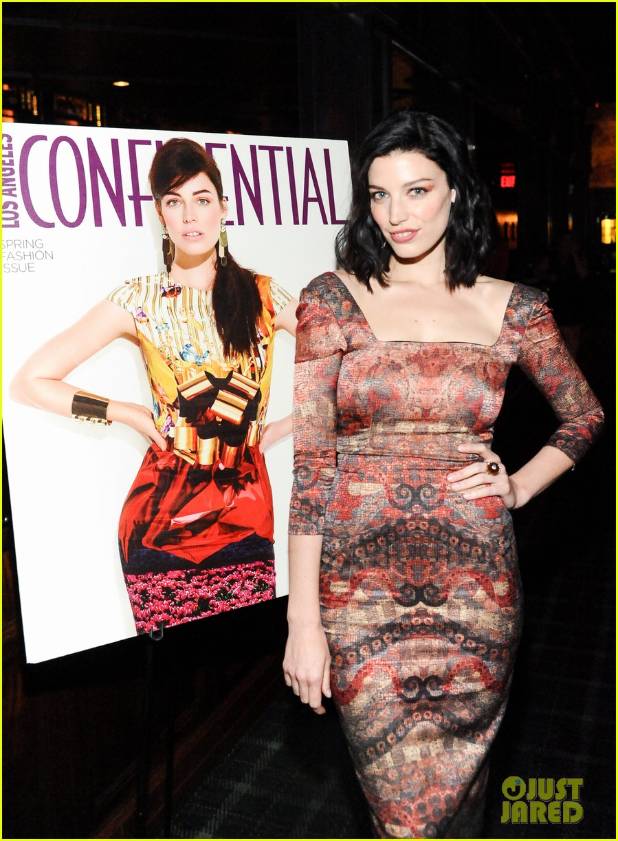 jessica pare covers la confidential spring fashion issue 042844877