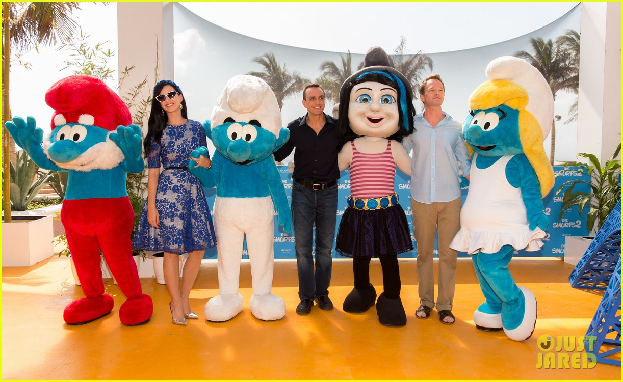 katy perry neil patrick harris smurfs 2 at summer of sony 05