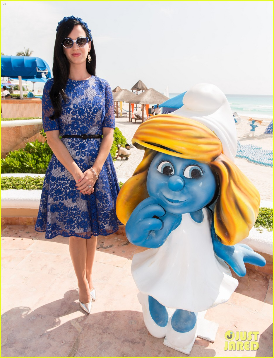 katy perry neil patrick harris smurfs 2 at summer of sony 13